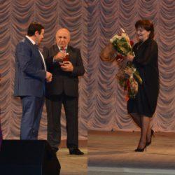 30 сентября в Государственном Музыкальном театре золотой медалью были награждены  Рустам Калибатов и Бэла Пхитикова